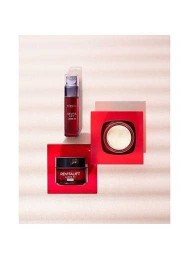 L'Oréal Paris L'Oréal Paris Revitalift Lazer X3 Yoğun Yaşlanma Karşıtı Bakım Serum 40-60 yaş Renkli